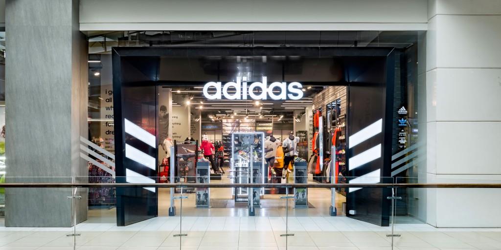 Adidas Costanera Center